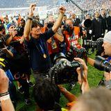 """Merte, Klose und Lahm: Joachim """"Jogi"""" Löw hat's geschafft - er hat sein Team zum Titel geführt."""