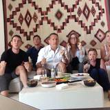 """""""Go!!!"""", schreibt Tom Hanks' Frau Rita Wilson zu dem Foto. Die ganze Familie drückt dem Klinsi-Team die Daumen - leider vergebens."""