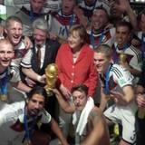 Merkel und Gauck in der Kabine