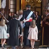 Letizia unterstützt ihren König.