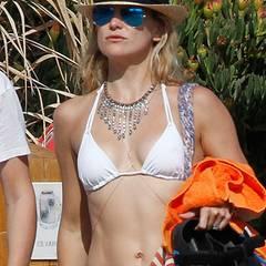 Kate Hudson hat auch nach zwei Schwangerschaften noch einen bemerkenswert durchtrainierten Bauch.