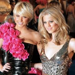 """Mai 2009  Auf dem """"Life Ball"""" in Wien zeigt sich Moderatorin Lena Gercke gemeinsam mit ihrer """"Austria's Next Topmodel""""-Kandidatin Larissa Marolt."""