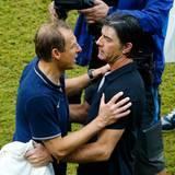 Jürgen Klinsmann und Joachim Löw haben ihre Mannschaften ins Achtelfinale geführt.