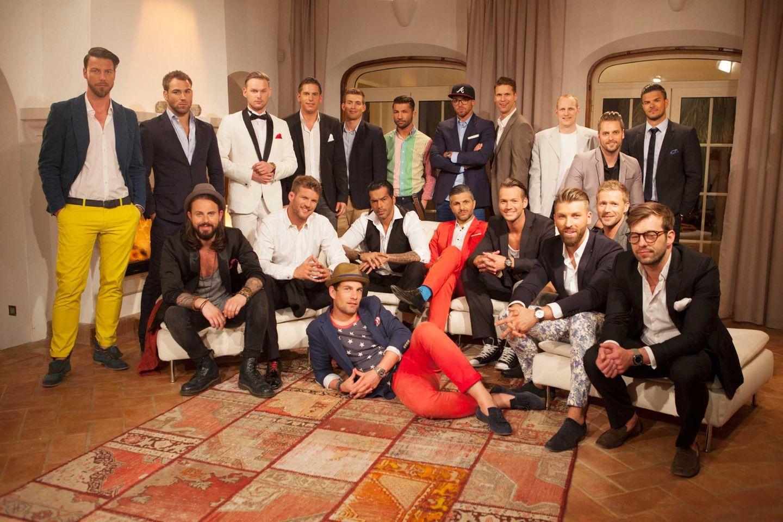 """Die erste Nacht der Rosen  Alle Infos zu """"Die Bachelorette"""" im Special bei RTL.de: http://www.rtl.de/cms/sendungen/show/die-bachelorette.html"""