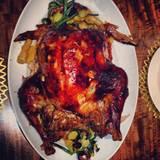 Ehrensache, dass an Thanksgiving ein Mega-Truthahn auf den Tisch kommt...