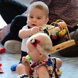 Prinz George hat viel Spaß zwischen den anderen Kindern.