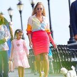 2. September 2016   Beyoncé und Blue Ivy gehen in New York mit ihrem weißen Pudel Gassi. Mama und Tochter genießen den sonnigen Tag und das ganz normale Leben ohne Superstar-Allüren.