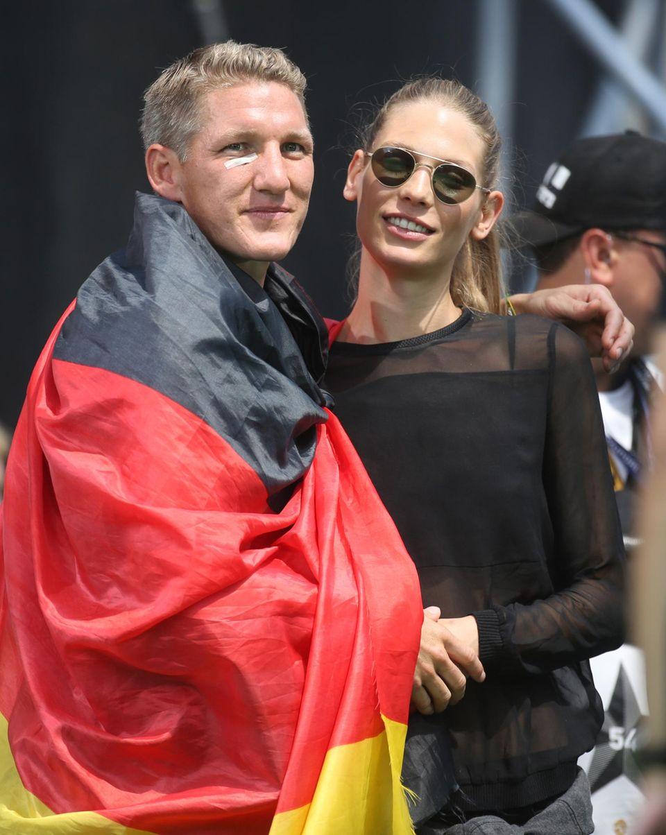 Bastian Schweinsteiger und Sarah Brandner