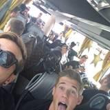 Mario Götze twittert aus dem Bus Richtung Fanmeile.