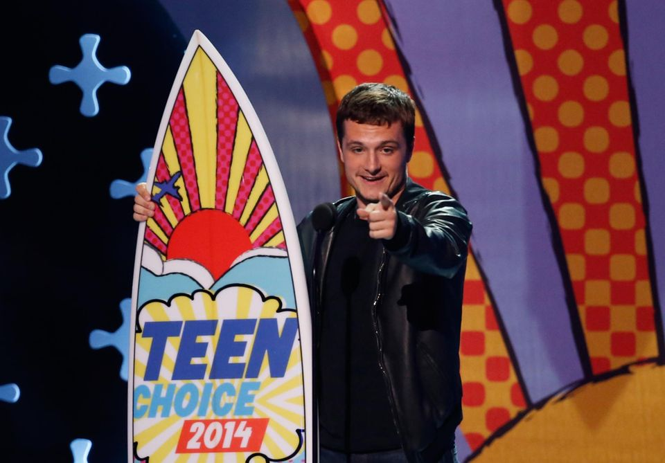 """Josh Hutcherson gewinnt in der Kategorie """"Movie Actor - Sci-Fi/Fantasy""""."""