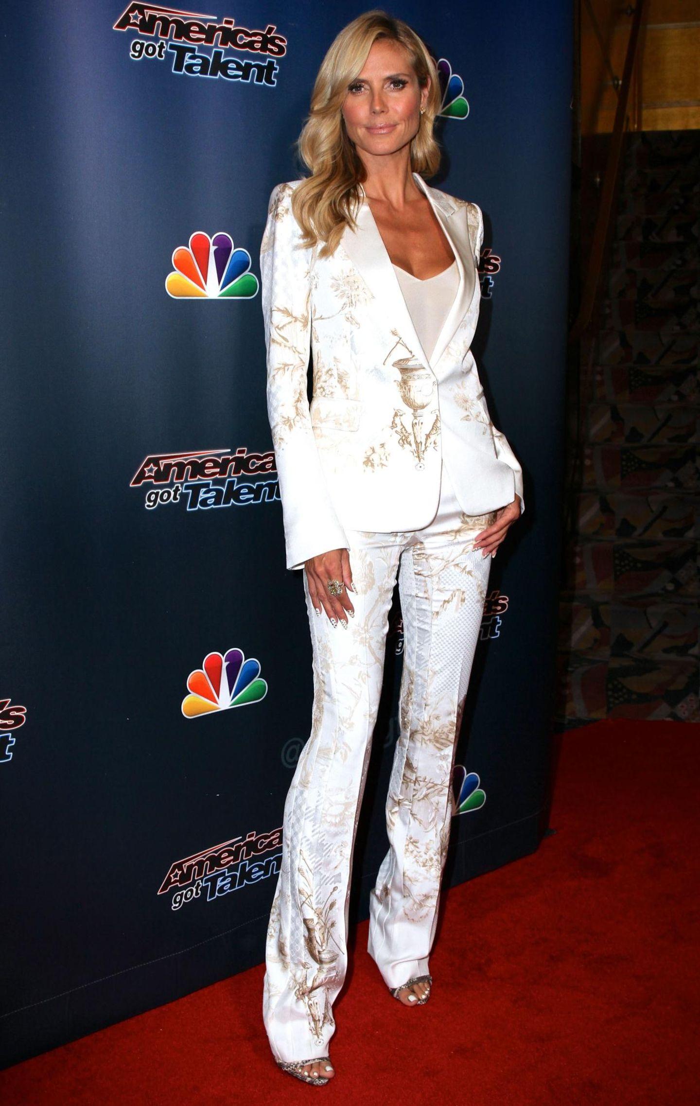 """Zu einem """"America's Got Talent""""-Event in New York erschien der Superstar im August 2014 in außergewöhnlichen Schlaghosen."""