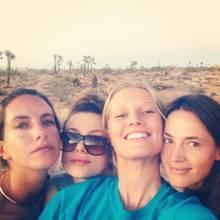Toni ist mit drei Freundinnen unterwegs.