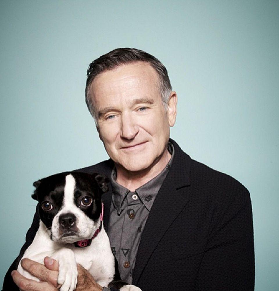 Nicht nur Leonard liegt Robin Williams am Herzen. Mit diesem Bild trauert er um den verstorbenen Hund seiner Assistentin, der ihm an Sets immer Gesellschaft geleistet hat.