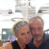 """Das allererste Selfie vom neuen Dreamteam #claudiaeffenberg und #schill im """"Team Oben""""."""
