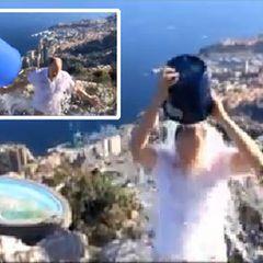 """Mittlerweile ist die """"Ice Bucket Challenge"""" fast ein alter Hut. Endlich kommt sie auch bei den Royals an! Fürst Albert von Monaco kassiert gleich mehrere Ladungen Eiswasser und nominiert anschließend François Hollande, Prinz Haakon und Unternehmer Philip Knight."""