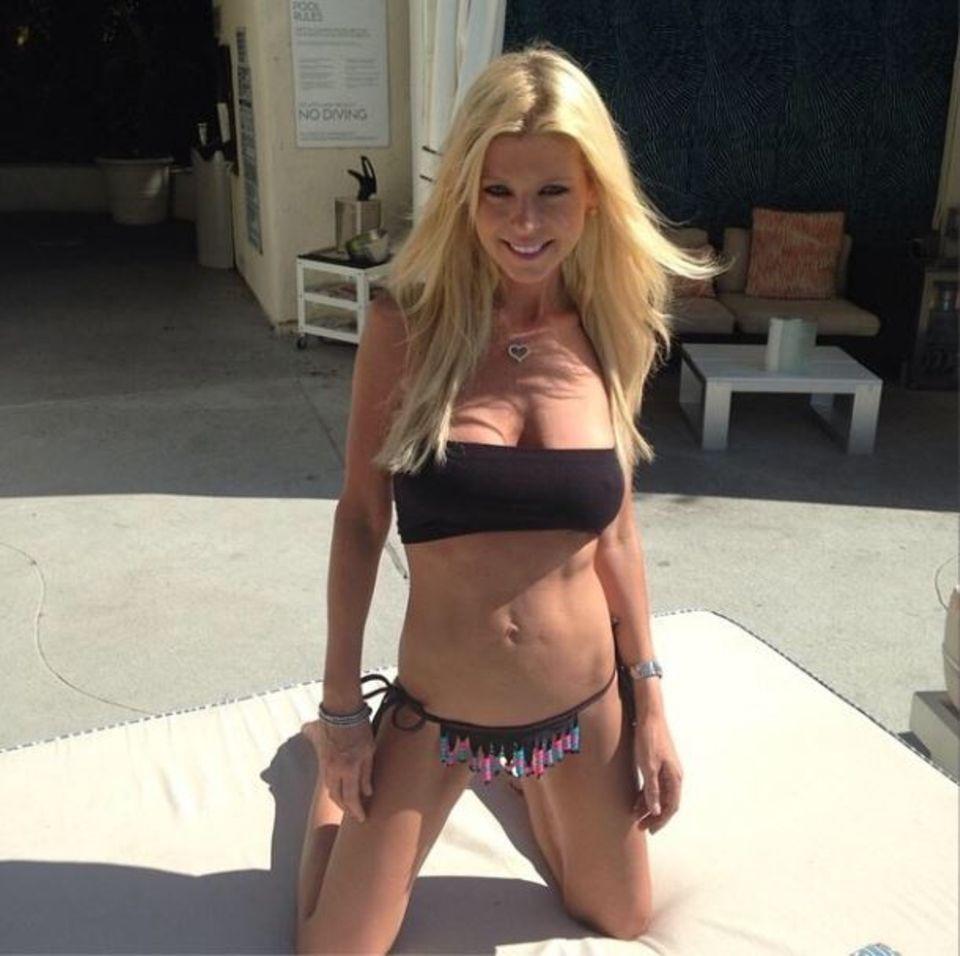 August 2014: Auf ihrer Instagram-Seite stellt Tara dieses Bild hoch und löst eine Welle der Bestürzung aus. Das Mädchen von nebenan ist nur noch Haut und Knochen!