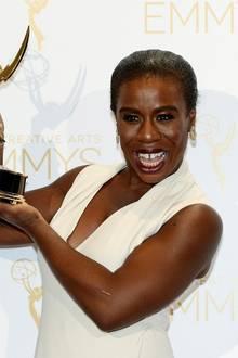 """Uzo Aduba wird für ihre herausragende Leistung als Gefängnisinsassin """"Crazy Eyes"""" in """"Orange Is the New Black"""" geehrt."""