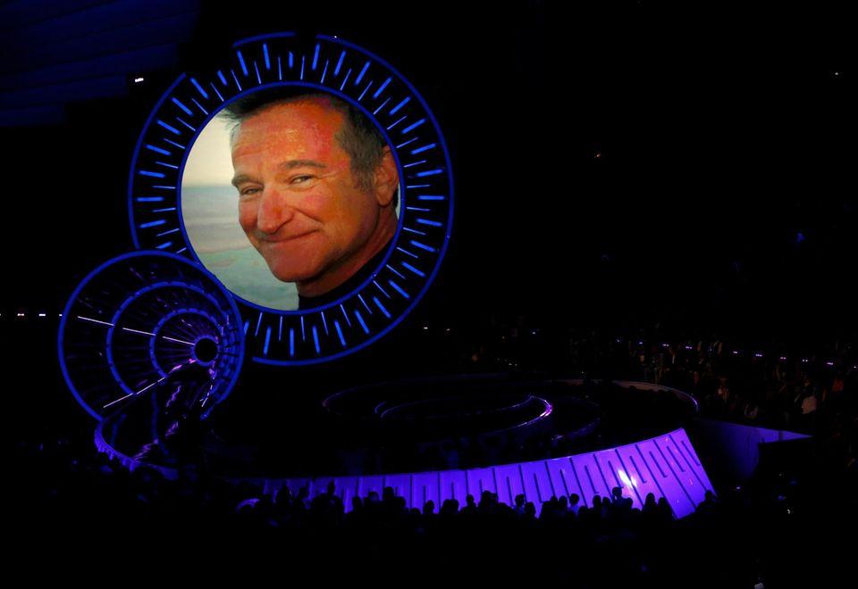 An den kürzlich verstorbenen Robin Williams wird erinnert.