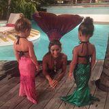 Zusammen mit ihrer Cousine Penelope (Tochter von Kourtney Kardashian), bekommt North West Schwimmunterricht von einer Meerjungfrau. Die beiden kleinen Mädchen sind auch in entsprechenden Kostümen angezogen - so wird das Lernen ganz märchenhaft schön.