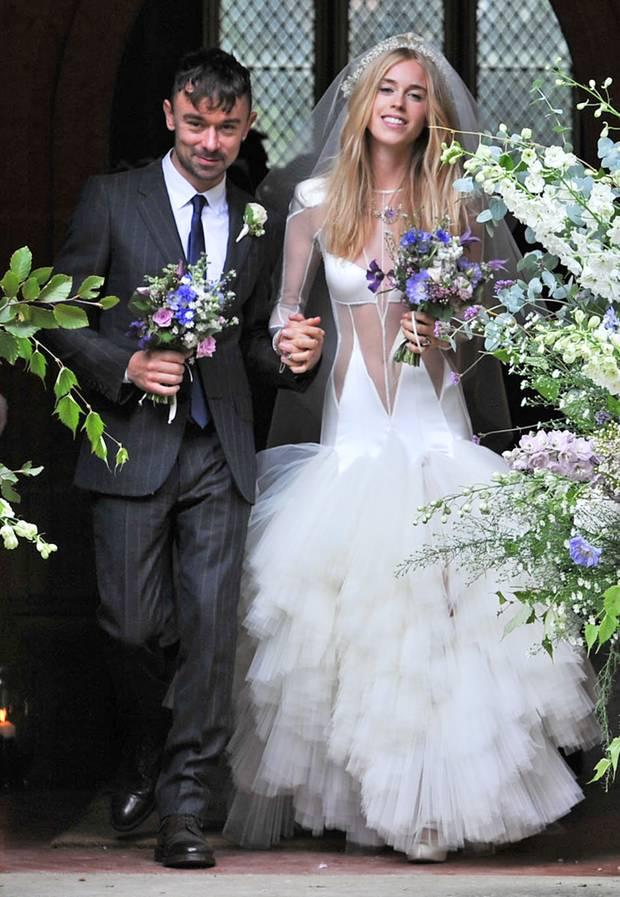 Star-Hochzeiten: Die skurrilsten Brautkleider der Stars - S. 35 ...