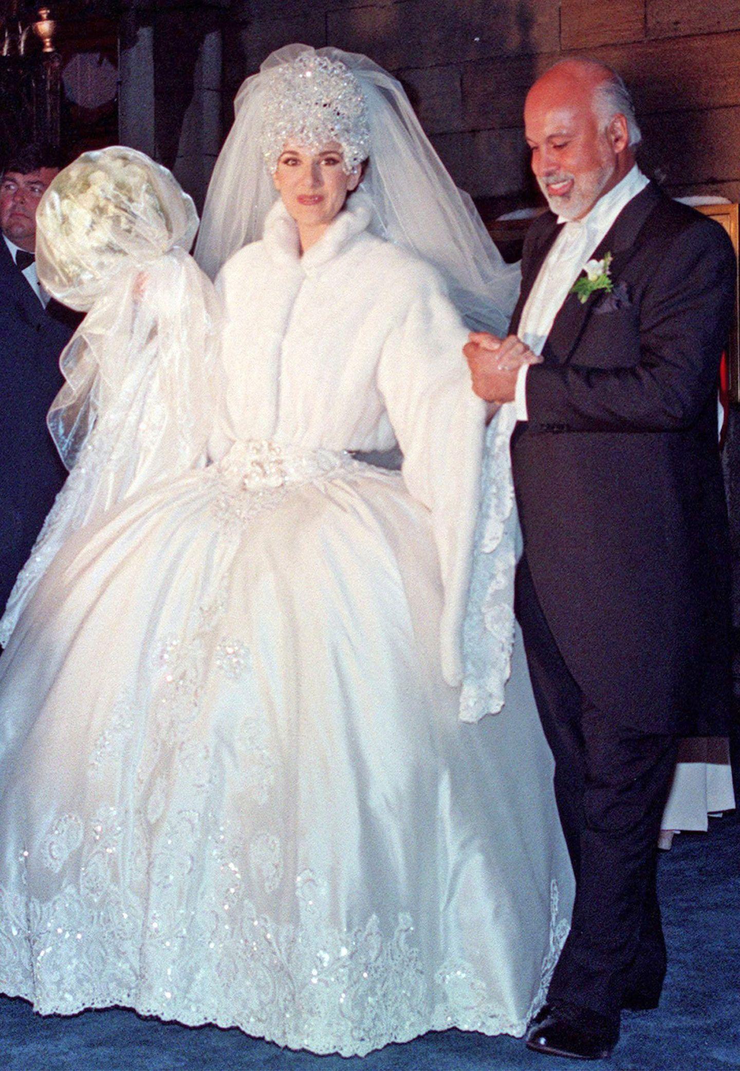 Star-Hochzeiten: Die skurrilsten Brautkleider der Stars  GALA.de
