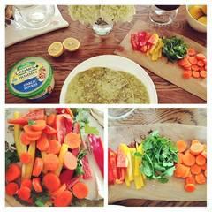 """""""Die Leute denken, ich esse nur Gras"""", scherzt die Schauspielerin gegenüber """"nydailynews.com"""". Dass das Gegenteil der Fall ist, zeigt sie ihren Fans gerne mit leckeren Gerichten auf Instagram. Diesmal die Zutaten für einen Wrap."""
