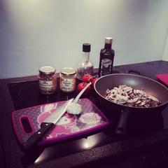 """""""Gesunde Ernährung steht bei mir ganz oben auf der Liste, denn der Spruch 'man ist, was man isst' ist meiner Meinung nach mehr als wahr. Deshalb wird im Hause Fischer immer gesund, frisch und überwiegend vegan gekocht"""", so Cathy weiter."""