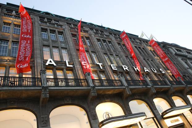 Das Hamburger Alsterhaus lädt bereits zum sechsten Mal zur GALA Shopping Night.