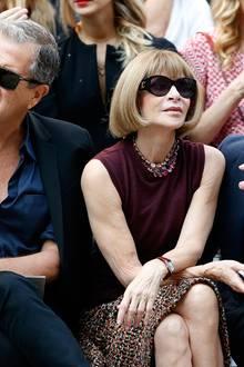 Bei Chanel sind Star-Fotograf Mario Testino, Vogue-Chefin Anna Wintour und Regisseur Baz Luhrmann immer in der ersten Reihe zu finden.