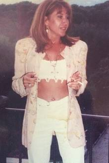 Das waren noch Zeiten! Carmen trägt in ihren 20ern als Fitnesstrainerin gerne bauchfrei und zeigt, was sie hat!