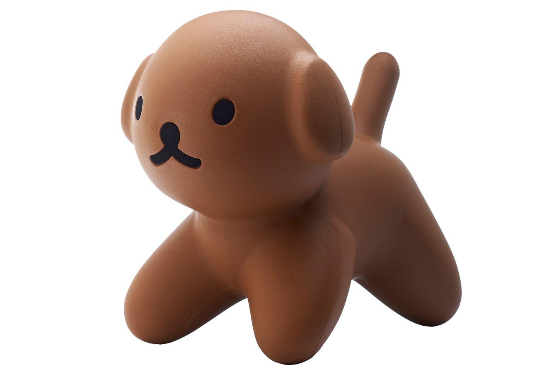 Wuff! Sitzhund Snuffie aus Kunststoff, von Rêve de Pan, ca. 120 Euro