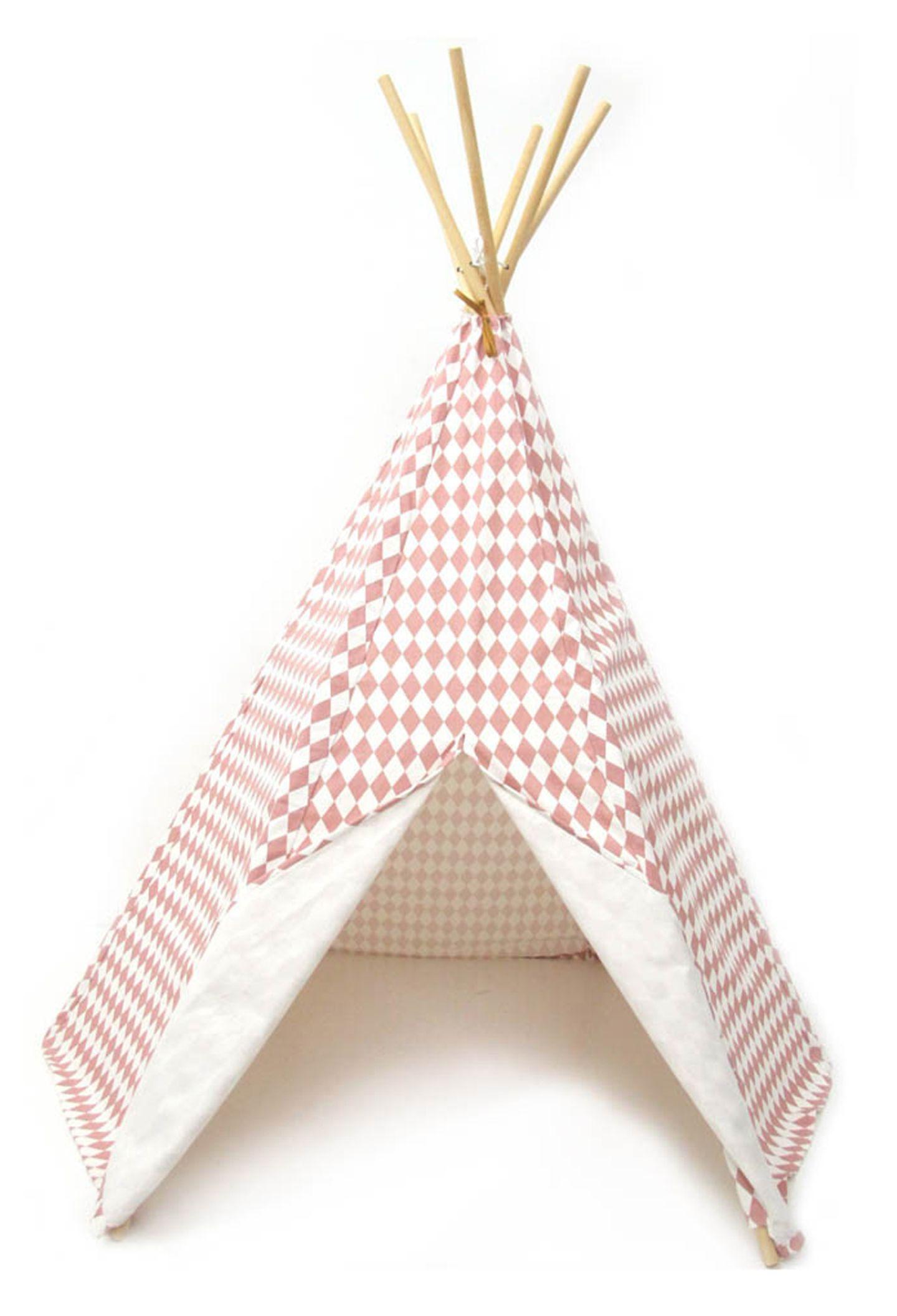 """Feines Versteck: Das Tipi """"Pink Diamonds"""" kommt gleich mit mit Transporttasche. Von Babyssimo, ca. 150 Euro"""