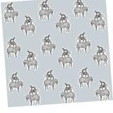 """Stadtmusikanten? Fast! Die Ausmal-Tapete """"Icon Safari"""" zeigt Zebra, Tiger und Dalmatiner. Von Gosia, ca. 80 Euro pro Rolle, über www.allposters.de"""