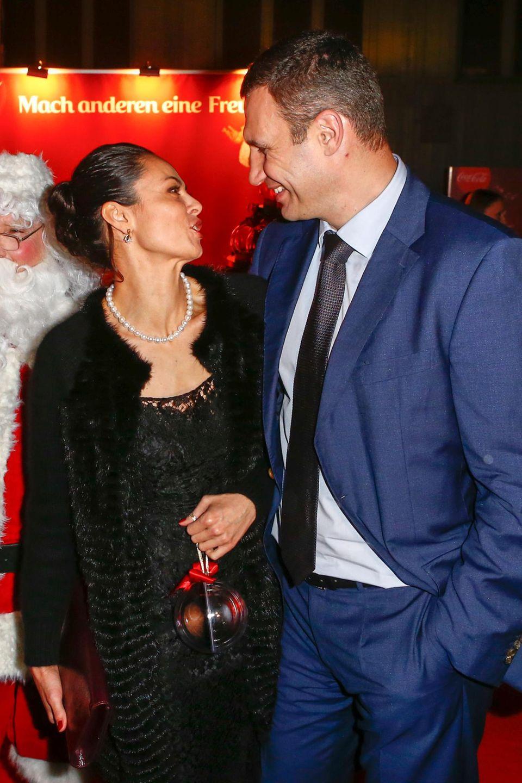 Vitali Klitschko und seine Frau Natalia besuchen die After-Party.
