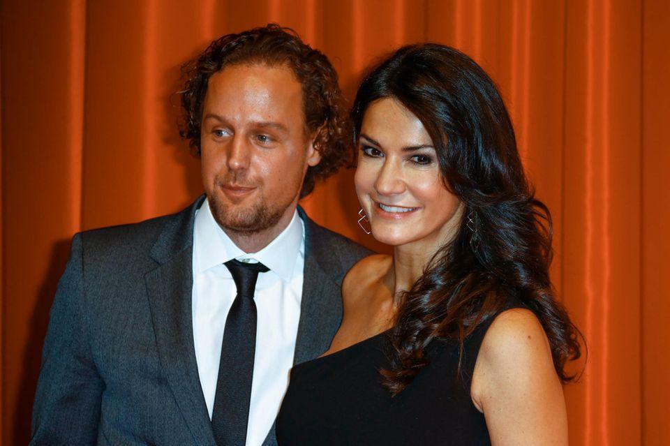 Mariella Ahrens hat ihren neuen Freund Marc-Sebastian Esser mitgebracht.