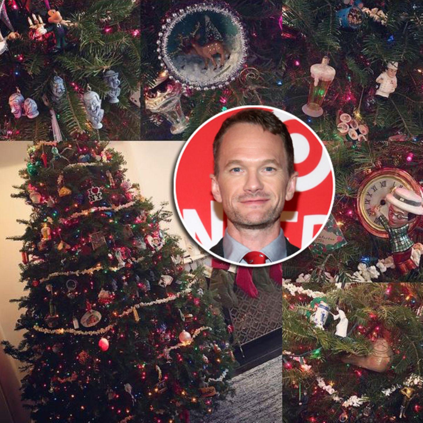 """Besonders viele Kuriositäten landen an dem Tannenbaum von """"HIMXM""""-Star Neil Patrick Harris. Er übernimmt das Schmücken mit großer Freude selber und macht aus dem Baum seiner Familie ein kleines """"Suchspiel""""."""