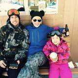Pink, Ehemann Carey Hart und Tochter Willow verbringen Neujahr im Schnee.