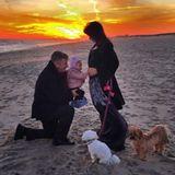 Hilaria Baldwin verkündet zum Jahreswechsel, dass sie und Ehemann Alec Baldwin wieder Eltern werden.