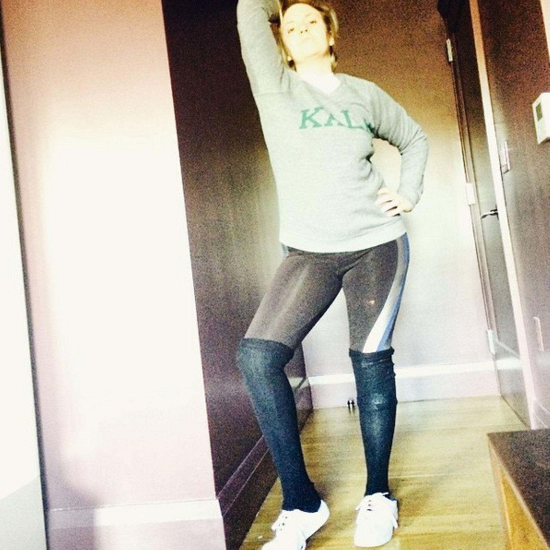 "Lena Dunham wünscht in ihrem Outfit ein ""very Beyoncé new year""."