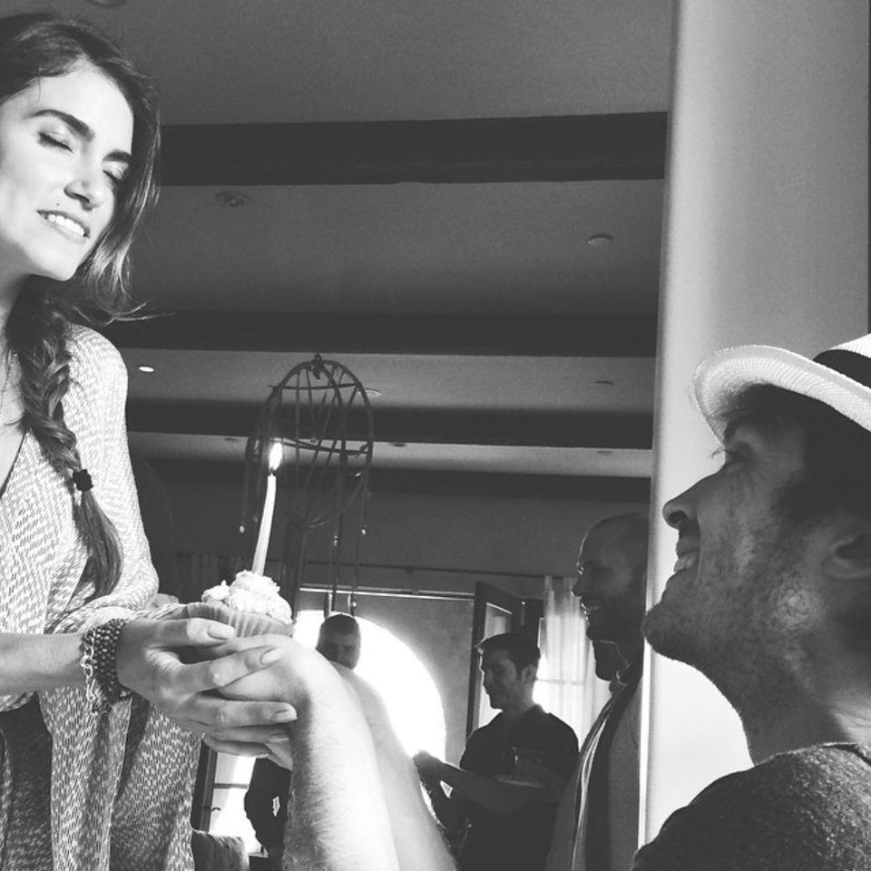 Mai 2015  Mit einer süßen Liebeserklärung wünscht Ian Somerhalder seiner Frau Nikki Reed, alles Gute zum Geburtstag.