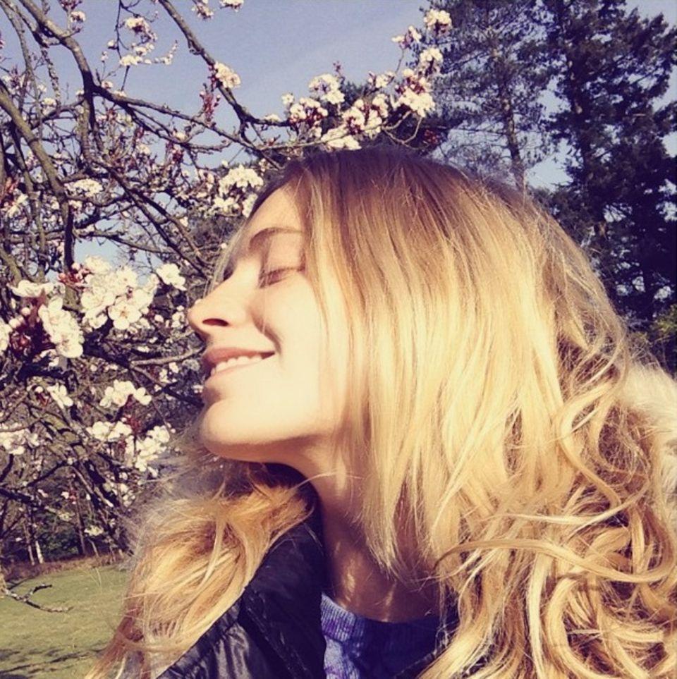 """März 2015  """"Ok Frühling, jetzt glaube ich an dich"""", schreibt Poppy Delevingne zu diesem Foto."""