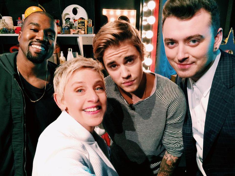 """Januar 2015  Was für ein Staraufgebot! Zum Geburtstag der """"Ellen Degeneres Show"""" kommen die ganz Großen, wie Kanye West, Justin Bieber und Sam Smith, um Ellen zu gratulieren."""