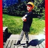 Oktober 2015  Lena Dunham erinnert mit diesem #tbt-Bild an ihre Kindheit.