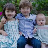 September 2015  Devon Aoki zeigt uns ihre drei zauberhaften Kinder.