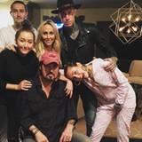 August 2015  Familie Cyrus feiert den Geburtstag von Papa Billy Ray.