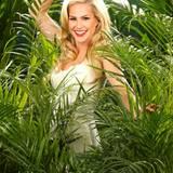 """Angelina Heger sagt: """"Ich will mich im Dschungelcamp einfach durchbeißen."""" Die Ex-""""Bachelor""""-Kandidatin macht ihren Körper schon seit Wochen fit für den Dschungel und die Kameras.    Alle Infos zu 'Ich bin ein Star - Holt mich hier raus!' im Special bei RTL.de: www.rtl.de/cms/sendungen/ich-bin-ein-star.html"""