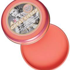 """Preiselbeeröl schützt vor Wind und Wetter: """"A Great Kisser Lip Moisture Balm – Juicy Peach"""" von Soap & Glory, ca. 8 Euro"""