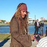 """1. Juni 2015: """"Captain Jack Sparrow"""" ist wieder unterwegs! Johnny Depp steht in Australien für den neuen """"Fluch der Karibik""""-Streifen erneut als Kultpirat vor der Kamera."""