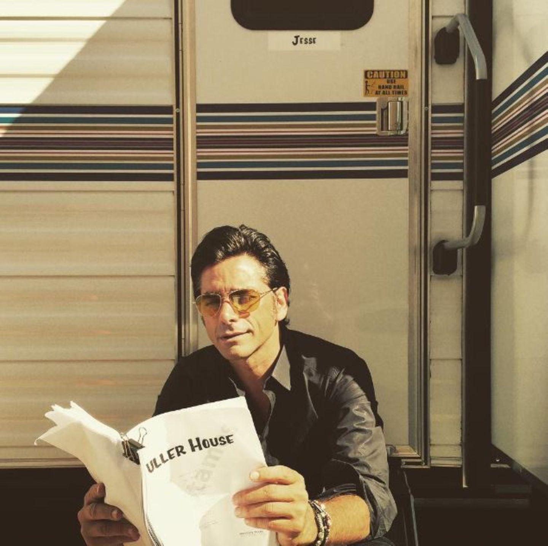 """26. Juli 2015: John Stamos postet ein Foto am Set der neuen Serie """"Fuller House""""."""