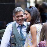 """18. April 2015: Mit einem weiteren Besuch am Set von Georges neuem Film """"Money Monster"""" scheint Amal Clooney vor allem die Laune ihres Ehemanns sehr zu verbessern."""